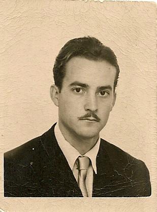 Fotografía de Eugenio Martín Rubio en sus tiempos de estudiante. - Figura-1-EMR-de-joven